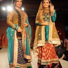 {Ritu Kumar fashion show at Taj land's End, Mumbai}