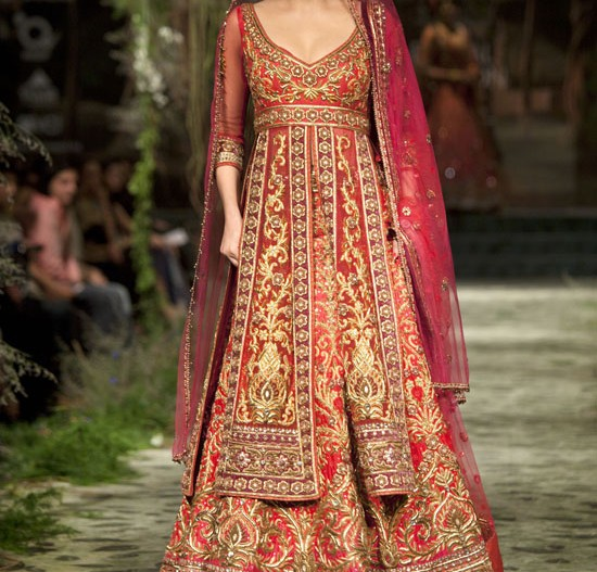 54e5211ecd7a Tarun Tahiliani Couture Collection 2012