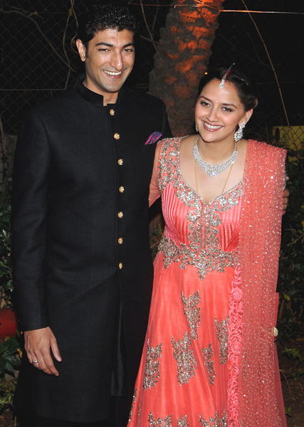 ahana-deol-reception-9