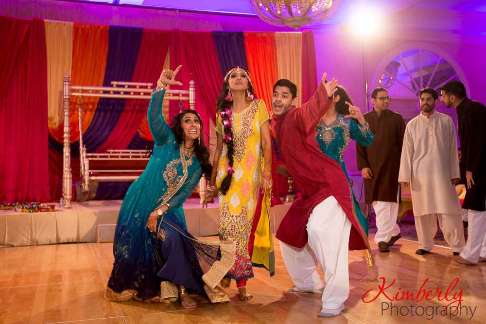 New Mehndi Ceremony : Mehndi ceremony of naureen talha by kimberly photography