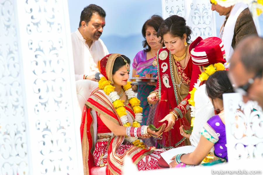 Tanvi_Deep_Wedding-2458-b