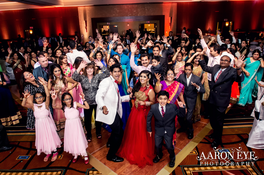 torrey-pines-san-diego-hilton-la-jolla-indian-wedding-3d-sounds-reception-bollywood-south-asian-weddings-13